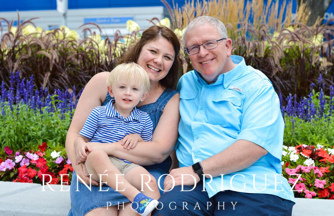 Family Portrait Session | Detroit, Riverfront